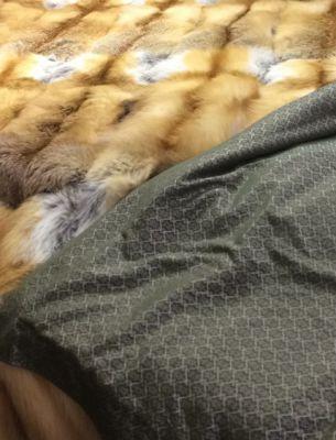 Покрывало из рыжей лисы - 1
