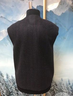 Пошив жилета в комбинации ткани с мехом свакары - 3