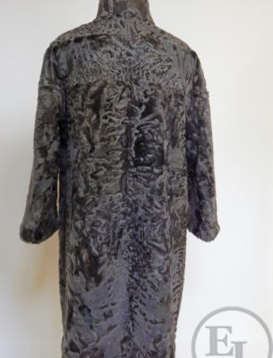 Шуба модели пальто. Свакара-каракуль - 3